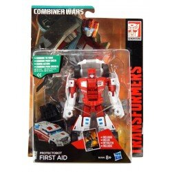 Transformers Combiner Wars FIRST AID Hasbro