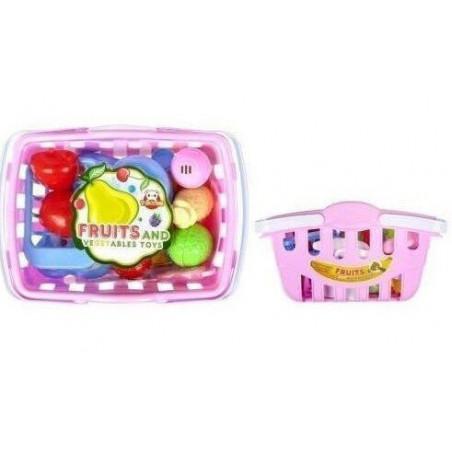 Owoce i warzywa na rzepy w koszyku